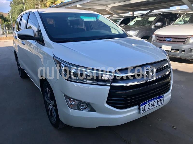 Toyota Innova SRV 2.7 Aut 8 Pas usado (2017) color Blanco precio $2.030.000