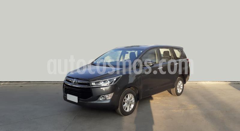 Toyota Innova SRV 2.7 Aut 8 Pas usado (2019) color Gris Oscuro precio $2.600.000