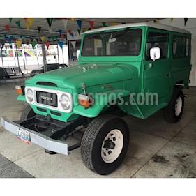 Foto venta carro usado Toyota Land Cruiser 4x4 (1972) color Verde precio BoF3.000