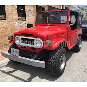 Foto venta carro usado Toyota Land Cruiser 4x4 (1974) color Rojo precio BoF4.500