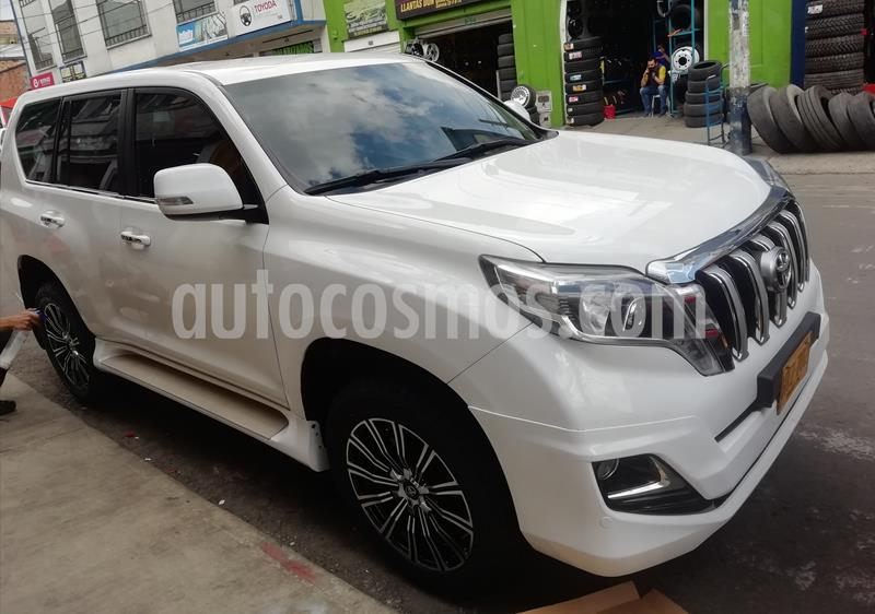 Toyota Prado 3.0L VX  TDi usado (2014) color Blanco precio $131.000.000