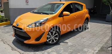 Foto venta Auto usado Toyota Prius C 1.5L (2019) color Naranja precio $308,000