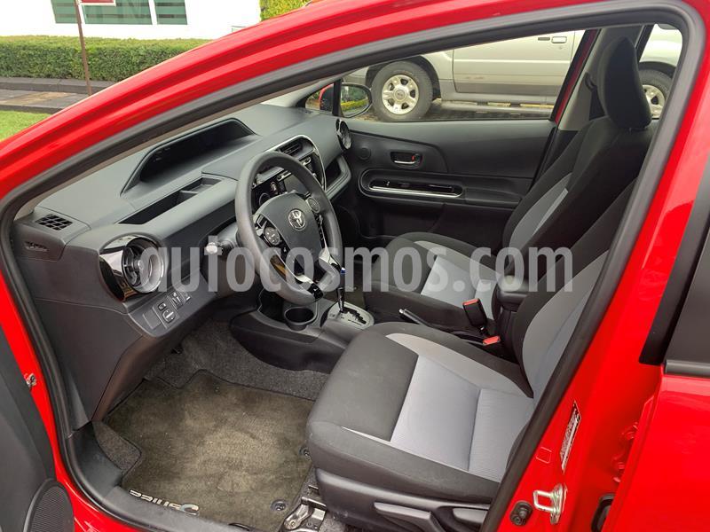 Toyota Prius C 1.5L usado (2018) color Rojo precio $258,000