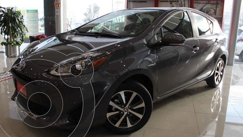 Toyota Prius C Version usado (2020) color Gris precio $317,700