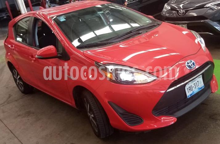 Toyota Prius C 1.5L usado (2018) color Rojo precio $269,000