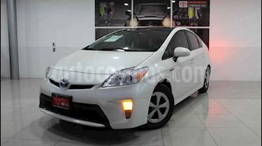 Toyota Prius 5p Premium SR Hibrido L4/1.8 Aut usado (2015) color Blanco precio $260,000