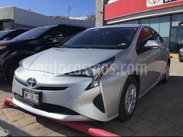 Toyota Prius 5p Base Hibrido L4/1.8 Aut usado (2017) color Plata precio $315,000