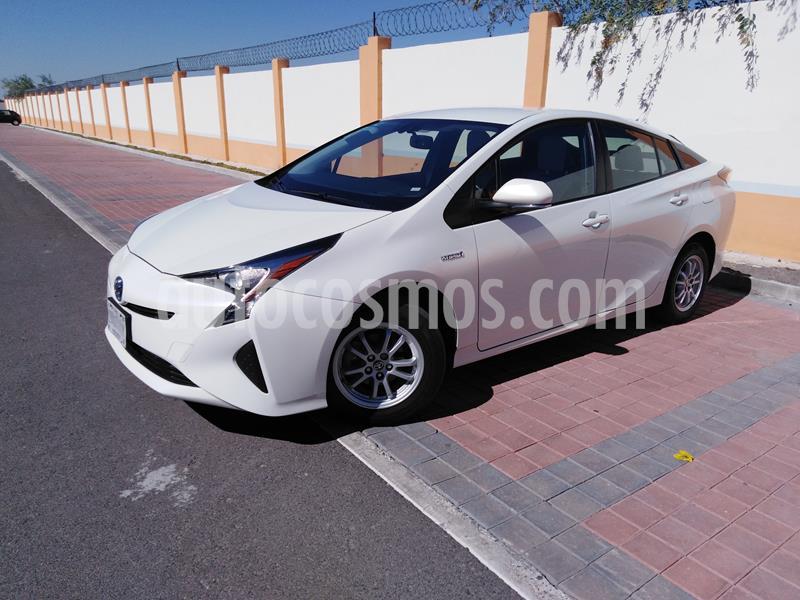 Toyota Prius Premium usado (2017) color Blanco Perla precio $269,000