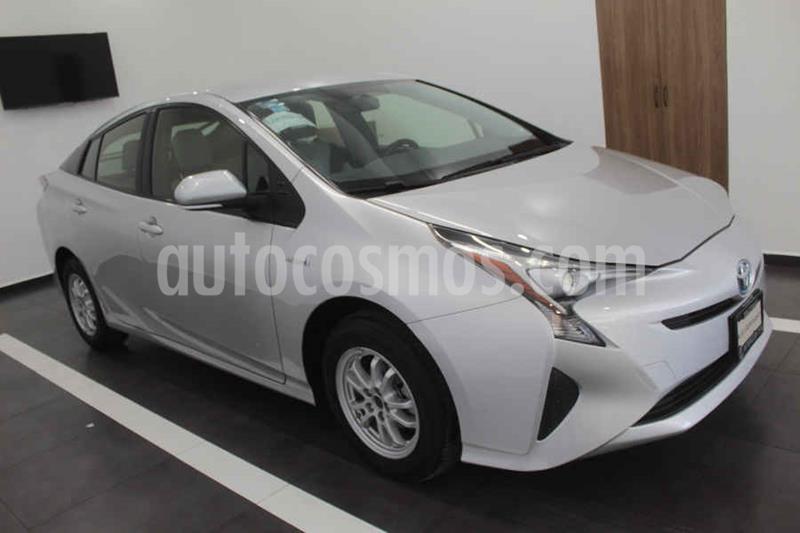Toyota Prius BASE usado (2017) color Plata precio $268,000