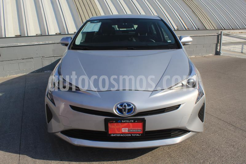 Toyota Prius Premium usado (2018) color Plata Metalico precio $3,490,000