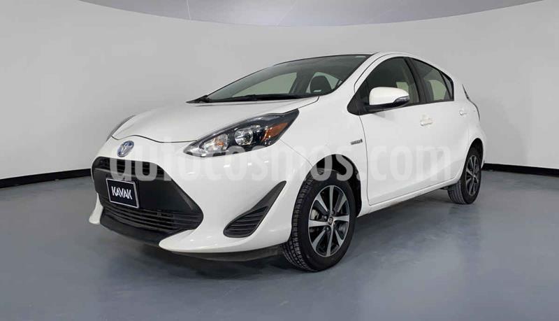 Toyota Prius 1.5L usado (2018) color Blanco precio $292,999