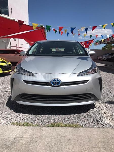 Toyota Prius BASE usado (2019) color Plata Dorado precio $385,000