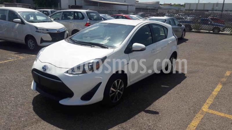 Toyota Prius 1.5L usado (2018) color Blanco precio $261,000