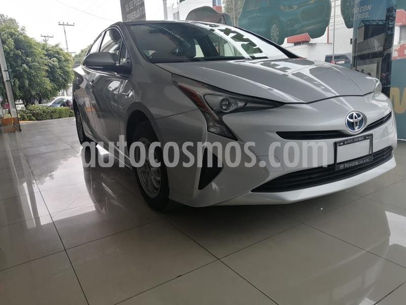 Toyota Prius BASE usado (2017) color Plata Dorado precio $269,000