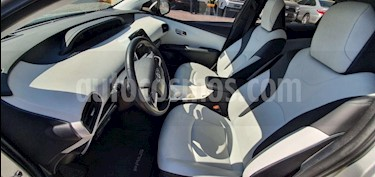 Toyota Prius 5P PREMIUM SR HIBRIDO L4/1.8 AUT usado (2016) color Plata precio $296,000
