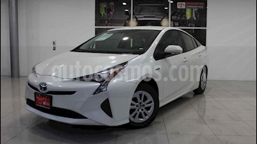 Foto Toyota Prius Premium SR usado (2017) color Blanco precio $330,000