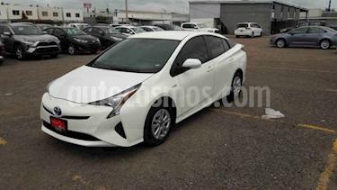 Toyota Prius 5p Premium SR Hibrido L4/1.8 Aut usado (2018) color Blanco precio $339,000