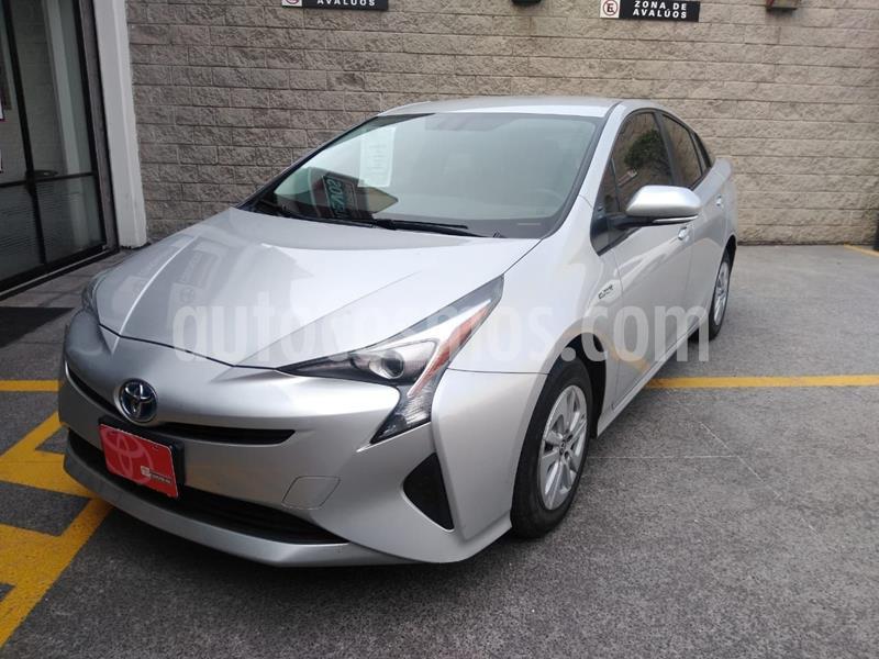 Toyota Prius Premium SR usado (2017) color Plata Dorado precio $290,000