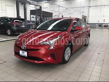 Foto Toyota Prius 5p Premium SR Hibrido L4/1.8 Aut usado (2017) color Rojo precio $330,000