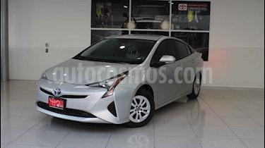Toyota Prius 5p Premium SR Hibrido L4/1.8 Aut usado (2017) color Plata precio $305,000