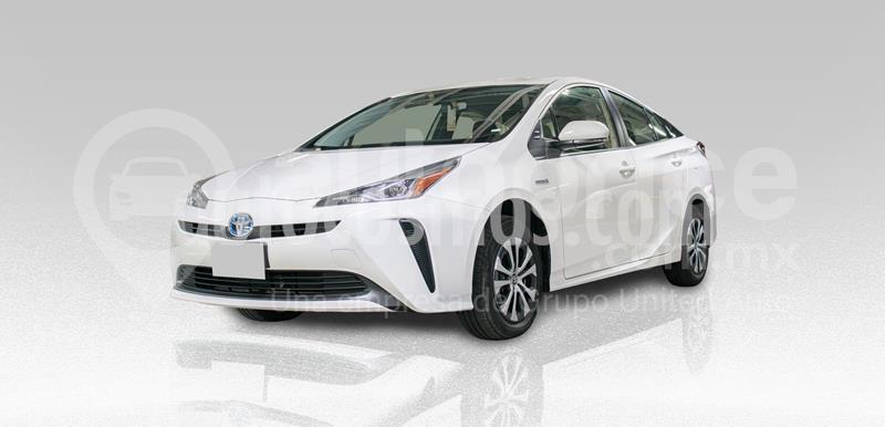 Toyota Prius 1.8L CVT usado (2020) color Blanco precio $380,000