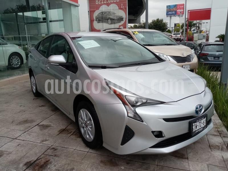 Toyota Prius Premium usado (2016) color Plata Dorado precio $260,000