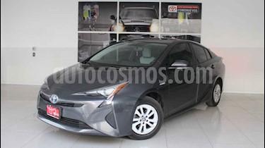 Toyota Prius 5p Premium SR Hibrido L4/1.8 Aut usado (2016) color Gris precio $285,000