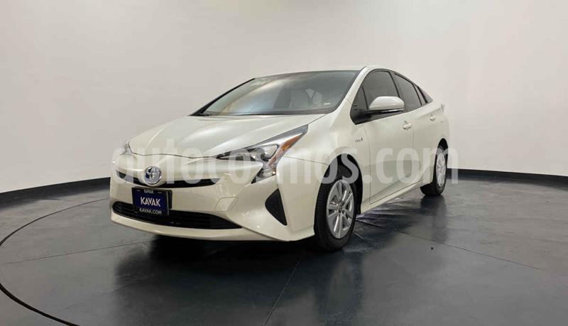 Toyota Prius Premium SR usado (2017) color Blanco precio $322,999