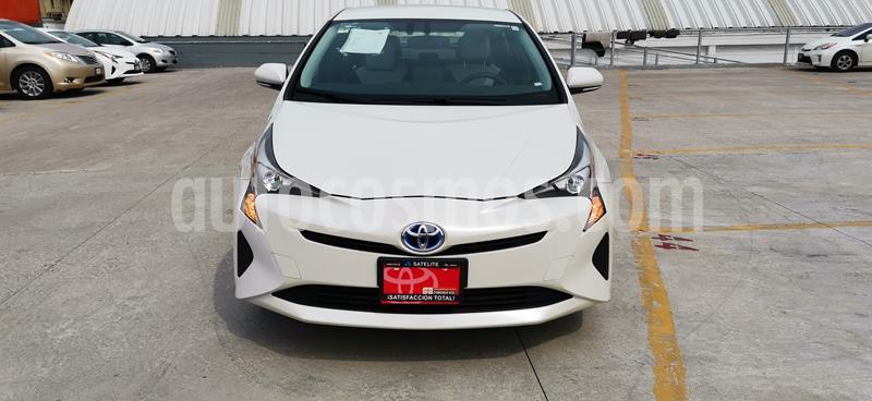 Toyota Prius Premium usado (2017) color Blanco Perla precio $345,000