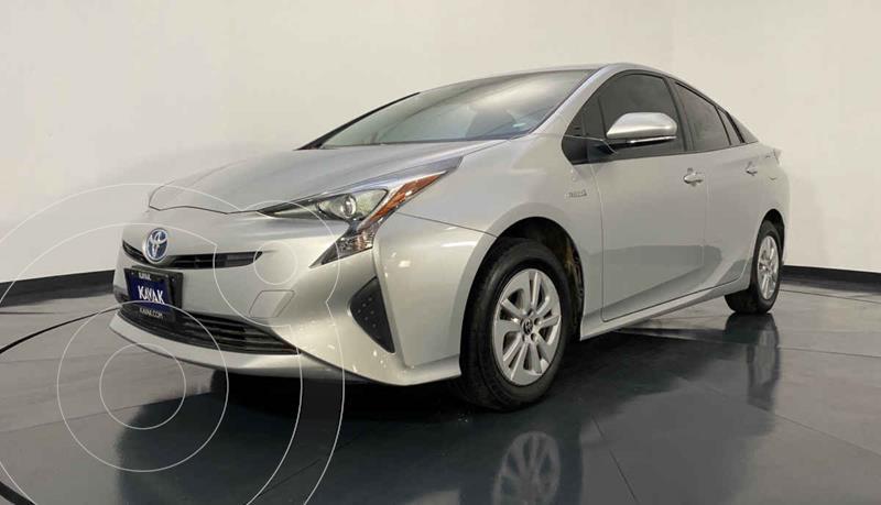 Toyota Prius BASE usado (2016) color Plata precio $307,999