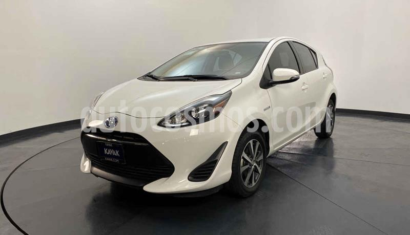 Toyota Prius 1.5L usado (2018) color Blanco precio $297,999