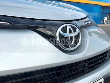 Toyota Rav4 2.0 Lujo 4X2 usado (2016) color Gris precio $10.600.000