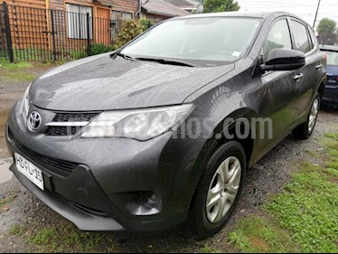 Toyota Rav4 2.0 Lujo 4X2 usado (2015) color Negro precio $10.000.000
