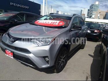 Foto venta Auto usado Toyota RAV4 2.4L Base (2018) color Plata precio $479,000