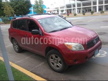 Toyota RAV4 2.4L Base usado (2008) color Rojo precio $115,000