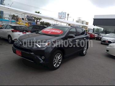 Foto venta Auto Seminuevo Toyota RAV4 2.4L Limited (2018) color Gris precio $469,000