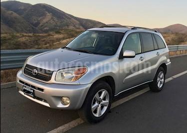 Foto venta Auto usado Toyota RAV4 2.4L Limited (2005) color Gris Plata  precio $90,000
