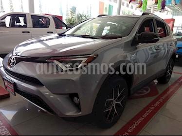 Foto venta Auto usado Toyota RAV4 2.5L Base (2018) color Plata precio $484,000