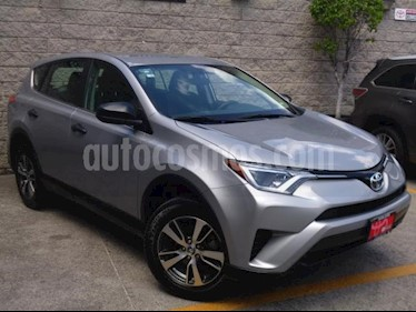 Toyota RAV4 5p LE L4/2.5 Aut usado (2018) color Plata precio $350,000