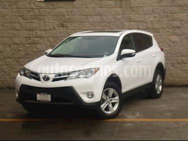 Foto venta Auto usado Toyota RAV4 5p XLE L4/2.5 Aut (2013) color Blanco precio $225,000