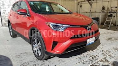 Foto Toyota RAV4 5p XLE L4/2.5 Aut usado (2017) color Rojo precio $350,000
