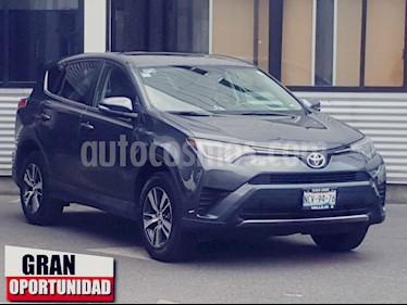 Foto venta Auto usado Toyota RAV4 5p XLE Plus L4/2.5 Aut (2018) color Gris precio $400,000