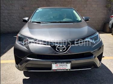 Foto venta Auto usado Toyota RAV4 5p XLE Plus L4/2.5 Aut (2016) color Gris precio $340,000