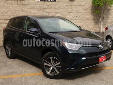 Toyota RAV4 5p XLE Plus L4/2.5 Aut usado (2017) color Azul Marino precio $355,000