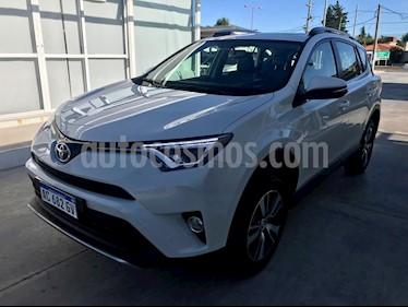 Toyota RAV4 HV 2.5 Limited 4x4 Hibrida usado (2018) color Blanco precio $2.495.000
