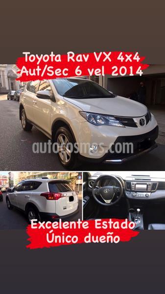 Toyota RAV4 VX 4x4 Aut Full  usado (2014) color Blanco Perla precio u$s21.000