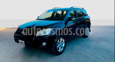 Toyota RAV4 2.4L 4x2 Aut Full usado (2010) color Negro precio $710.000