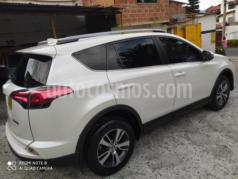 Toyota Rav4 2.0L STreet 4x2  usado (2018) color Blanco Perla precio $88.000.000