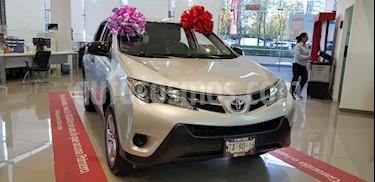 Foto venta Auto usado Toyota RAV4 LE (2015) color Plata precio $249,900