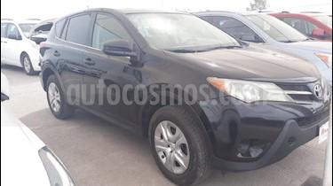 Foto venta Auto Seminuevo Toyota RAV4 LE (2013) color Negro precio $199,000